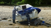 righting_boat-020